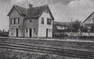 Widok budynku dworca Ochelhermsdorf (Ochla). Stan przedwojenny (przed 1945 r.)